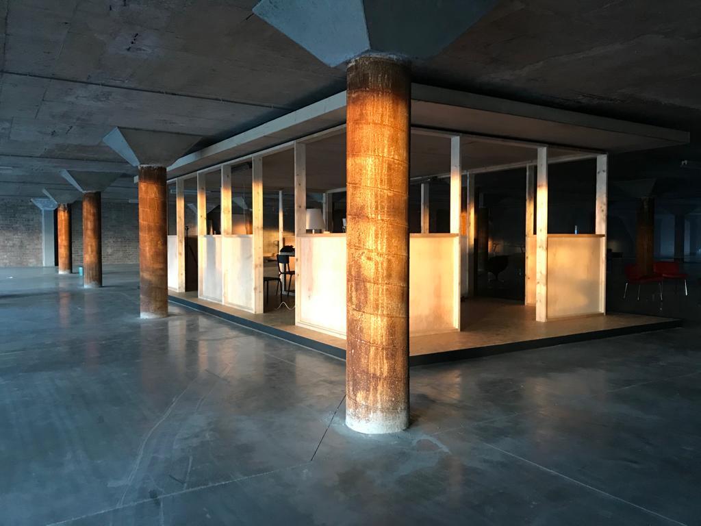 Modernistisch kantoor paviljoen